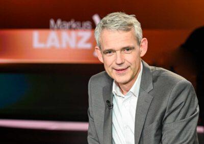 Licht im Dunkeln Autor Heino Falcke zu Gast bei Markus Lanz
