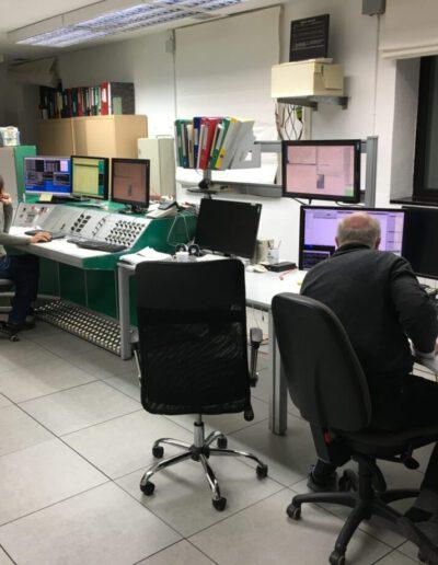 Light in The Darkness | Thomas Kirchbaum in the control room, Pico Veleta